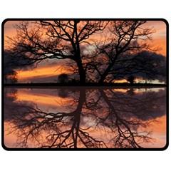 Aurora Sunset Sun Landscape Fleece Blanket (medium)