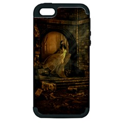 Woman Lost Model Alone Apple iPhone 5 Hardshell Case (PC+Silicone)