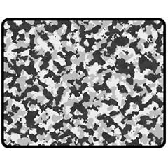 Camouflage Tarn Texture Pattern Fleece Blanket (Medium)