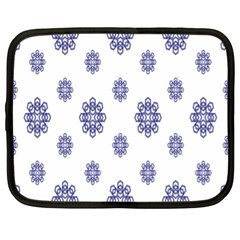 Snow Blue White Cool Netbook Case (XL)