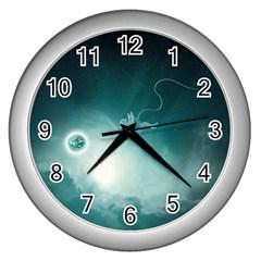 Astronaut Space Travel Gravity Wall Clocks (Silver)