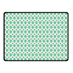 Crown King Triangle Plaid Wave Green White Fleece Blanket (Small)