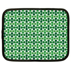 Green White Wave Netbook Case (XXL)