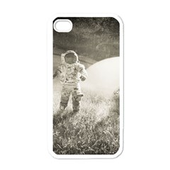Astronaut Space Travel Space Apple iPhone 4 Case (White)