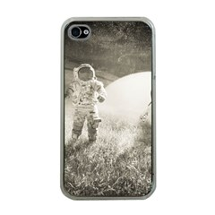 Astronaut Space Travel Space Apple iPhone 4 Case (Clear)