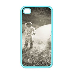 Astronaut Space Travel Space Apple iPhone 4 Case (Color)