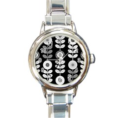 Floral Pattern Seamless Background Round Italian Charm Watch
