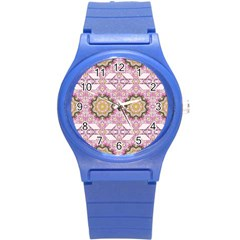 Floral Pattern Seamless Wallpaper Round Plastic Sport Watch (S)