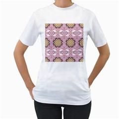 Floral Pattern Seamless Wallpaper Women s T-Shirt (White)