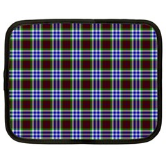 Tartan Fabrik Plaid Color Rainbow Triangle Netbook Case (XXL)