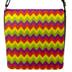 Colorful Zigzag Stripes Background Flap Messenger Bag (S)