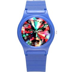 Abstract girl Round Plastic Sport Watch (S)