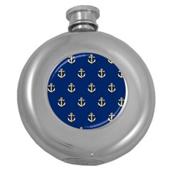Gold Anchors On Blue Background Pattern Round Hip Flask (5 Oz)