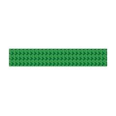 Clovers On Dark Green Flano Scarf (Mini)