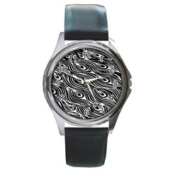 Digitally Created Peacock Feather Pattern In Black And White Round Metal Watch