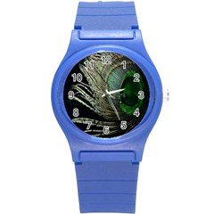 Feather Peacock Drops Green Round Plastic Sport Watch (S)