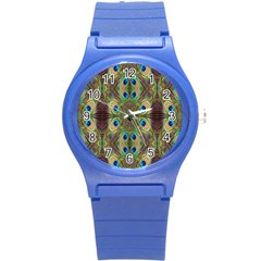 Beautiful Peacock Feathers Seamless Abstract Wallpaper Background Round Plastic Sport Watch (s)