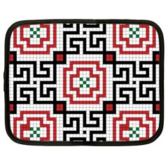 Vintage Style Seamless Black, White And Red Tile Pattern Wallpaper Background Netbook Case (XXL)