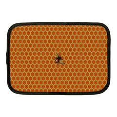 The Lonely Bee Netbook Case (Medium)