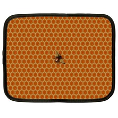 The Lonely Bee Netbook Case (xl)