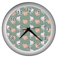 Lifestyle Repeat Girl Woman Female Wall Clocks (silver)