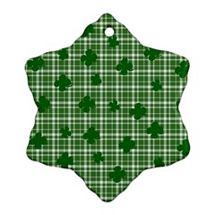 St. Patrick s day pattern Snowflake Ornament (Two Sides)