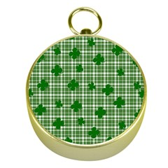 St. Patrick s day pattern Gold Compasses
