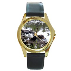 Treeing Walker Coonhound In Water Round Gold Metal Watch