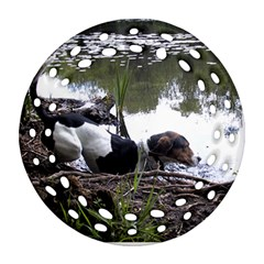 Treeing Walker Coonhound In Water Round Filigree Ornament (Two Sides)