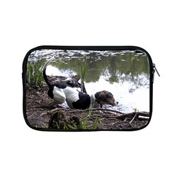 Treeing Walker Coonhound In Water Apple MacBook Pro 13  Zipper Case