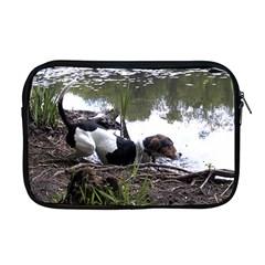 Treeing Walker Coonhound In Water Apple MacBook Pro 17  Zipper Case