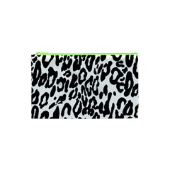 Black And White Leopard Skin Cosmetic Bag (xs)