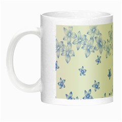 Blue And White Floral Background Night Luminous Mugs