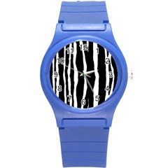 Zebra Background Pattern Round Plastic Sport Watch (s)