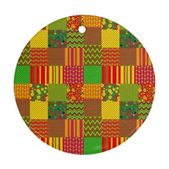 Old Quilt Ornament (Round)