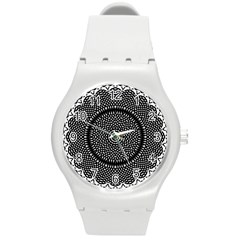 Black Lace Kaleidoscope On White Round Plastic Sport Watch (M)