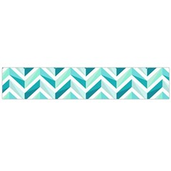 Zigzag pattern in blue tones Flano Scarf (Large)