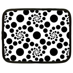 Dot Dots Round Black And White Netbook Case (xl)