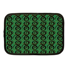 Abstract Pattern Graphic Lines Netbook Case (medium)