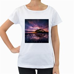 Landscape Reflection Waves Ripples Women s Loose Fit T Shirt (white)