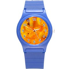 Bright Yellow Autumn Leaves Round Plastic Sport Watch (s)