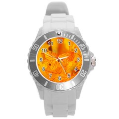 Bright Yellow Autumn Leaves Round Plastic Sport Watch (l)