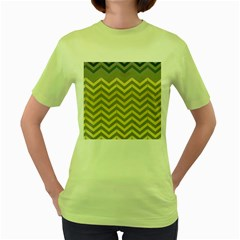 Abstract Vintage Lines Women s Green T Shirt