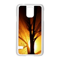 Rays Of Light Tree In Fog At Night Samsung Galaxy S5 Case (White)