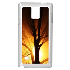 Rays Of Light Tree In Fog At Night Samsung Galaxy Note 4 Case (white)