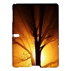 Rays Of Light Tree In Fog At Night Samsung Galaxy Tab S (10 5 ) Hardshell Case