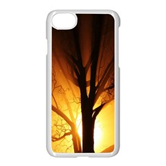 Rays Of Light Tree In Fog At Night Apple Iphone 7 Seamless Case (white)