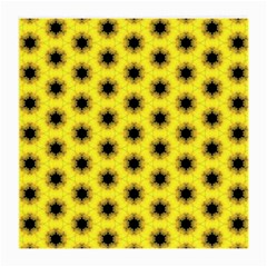 Yellow Fractal In Kaleidoscope Medium Glasses Cloth