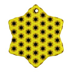 Yellow Fractal In Kaleidoscope Ornament (snowflake)
