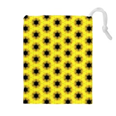 Yellow Fractal In Kaleidoscope Drawstring Pouches (extra Large)